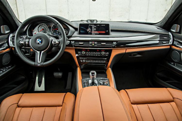 Интерьер BMW X6M