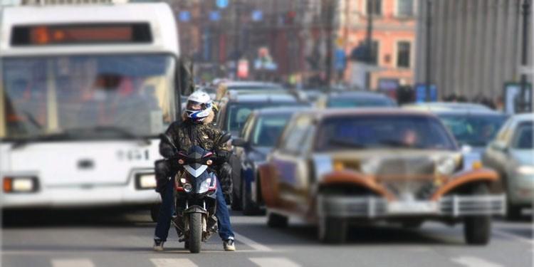 Как сделать мотодвижение безопасным?