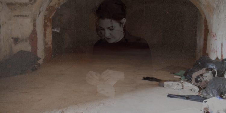 Кейт МакМиллан. «Тихий остров». Видеоинсталляция. Кронштадт, 2016
