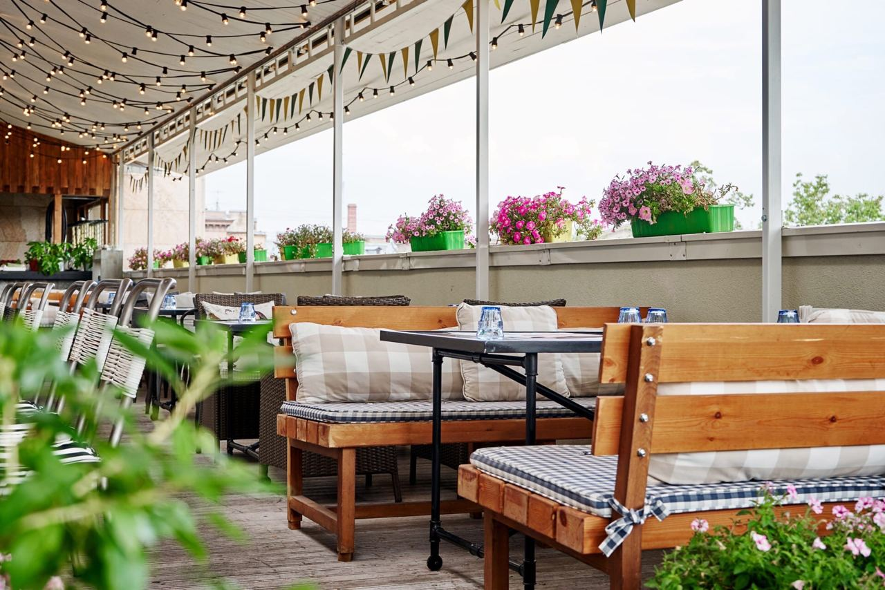 Яркое лето в ресторане «Баклажан»