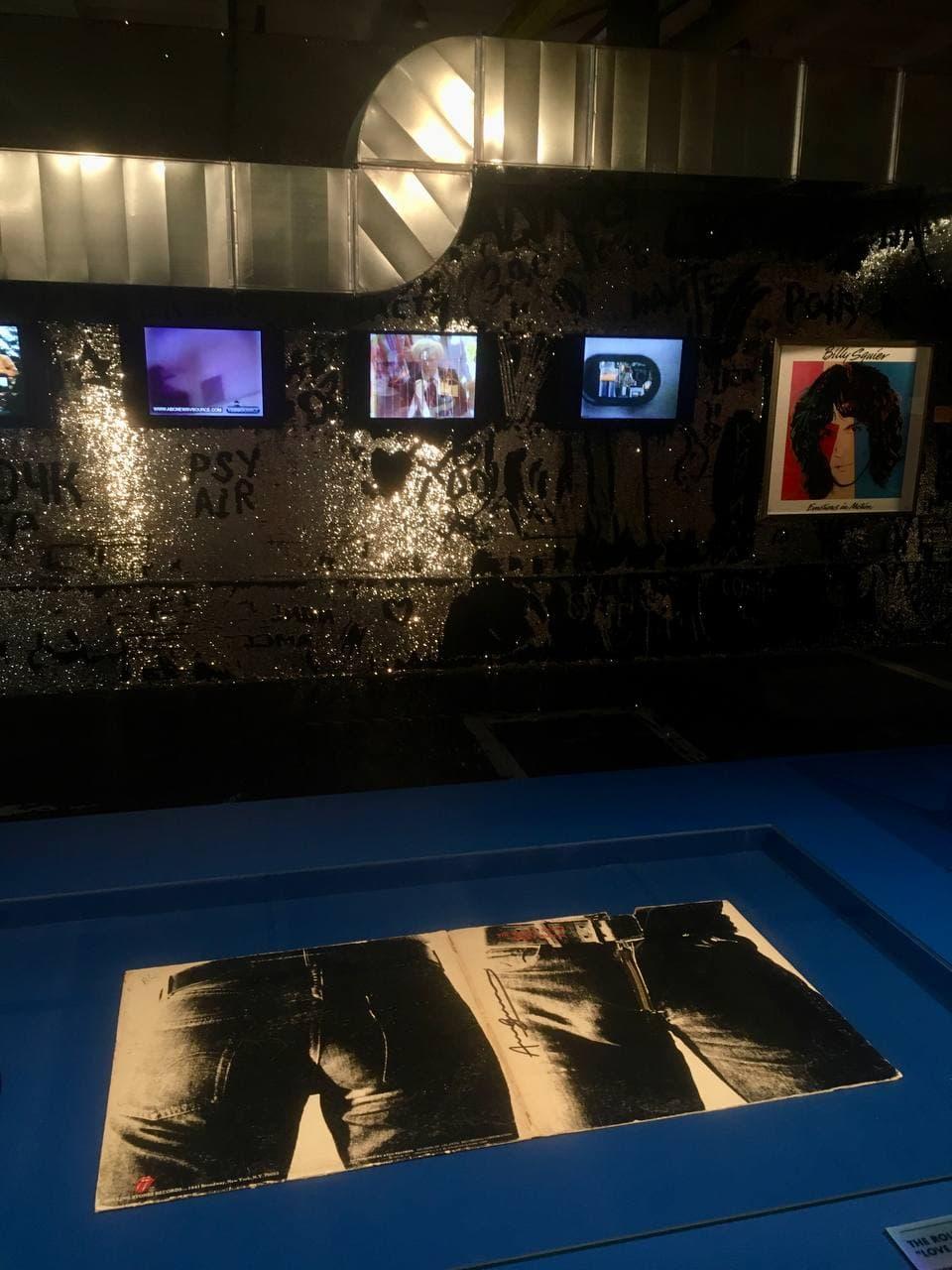 Модная выставка Энди Уорхол в Петербурге